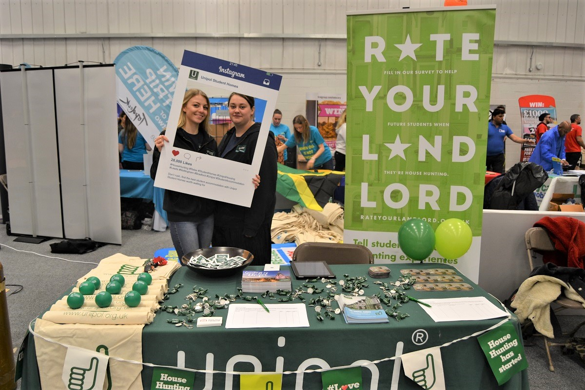 Don't Let Yet - Freshers Stall
